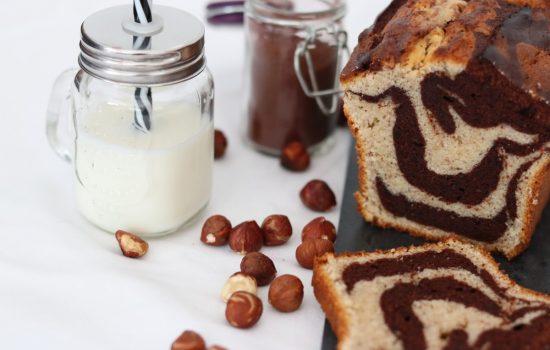 Cake marbré au chocolat et aux noisettes