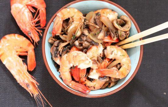 Poêlée de crevettes aux champignons