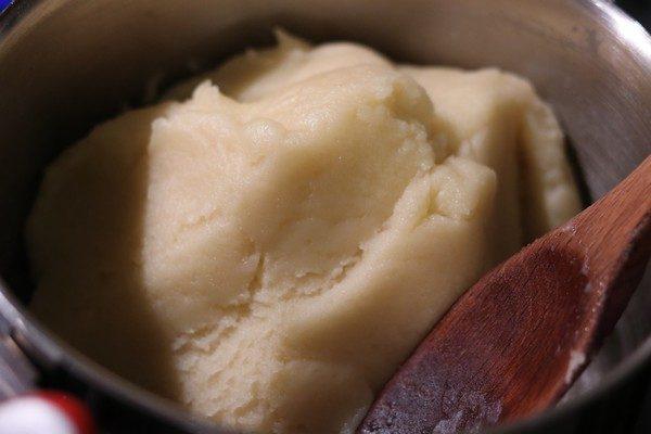 Gougères au fromage et jambon une pincee de cuisine