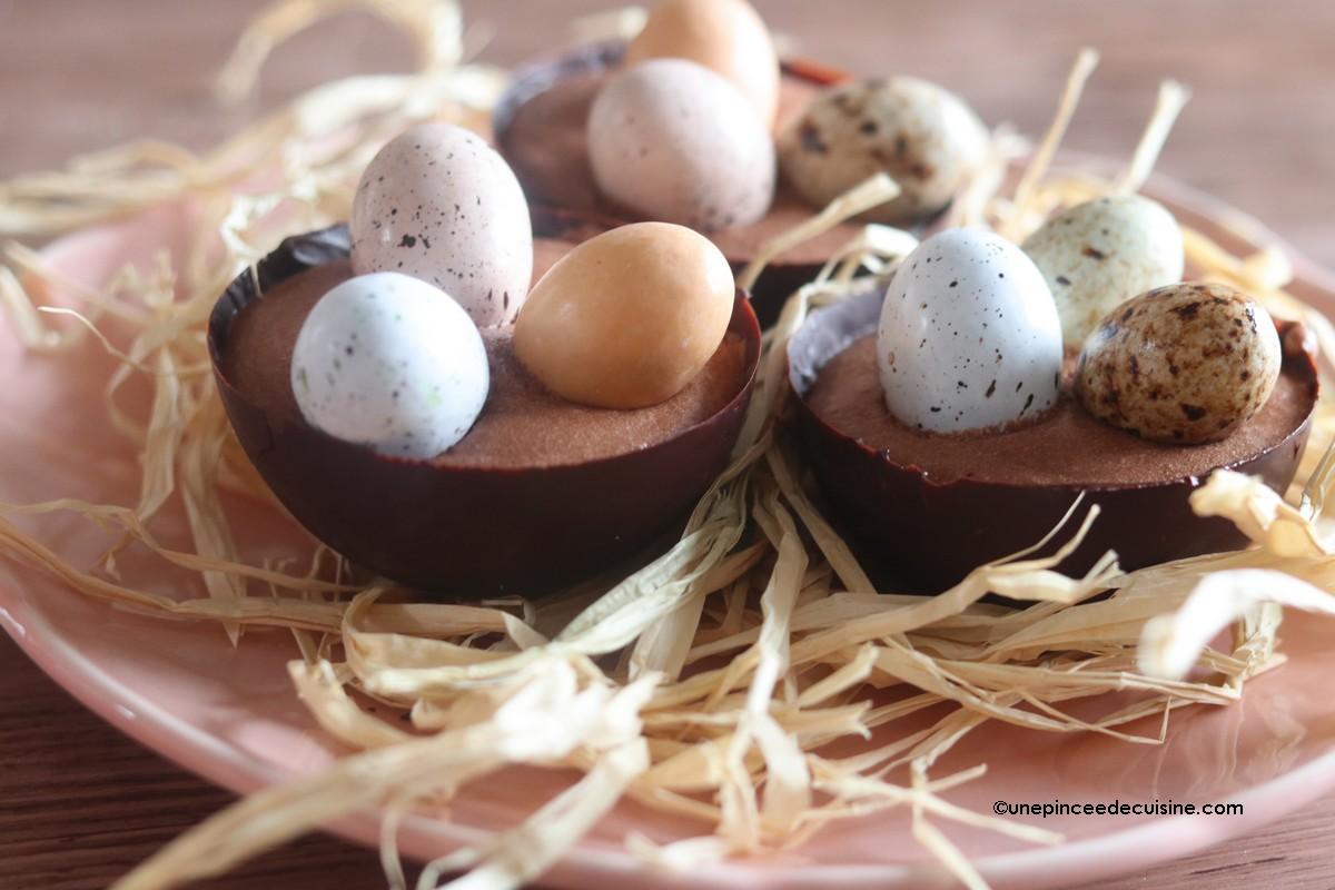 Nid de Pâques à la mousse au chocolat