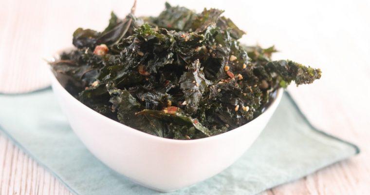 Chips de chou kale aux amandes