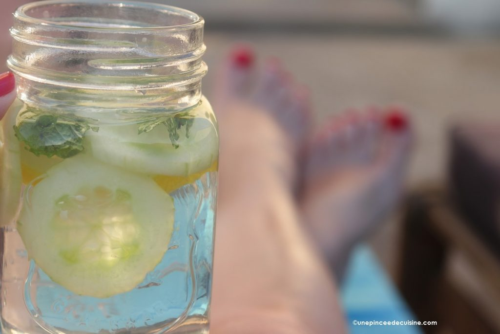 Eau détox concombre citron menthe