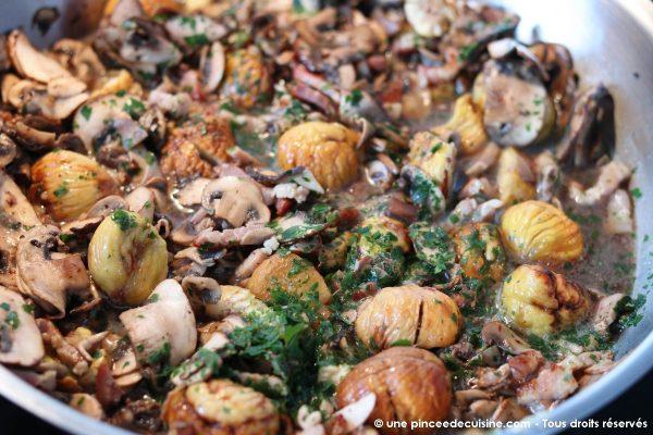 Pâtes aux marrons champignons et lardons une pincee de cuisine