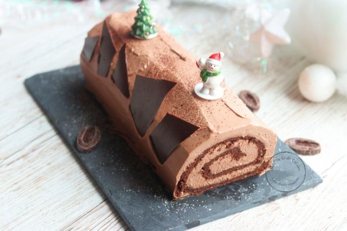 Bûche de Noël ganache montée au chocolat Valrhona
