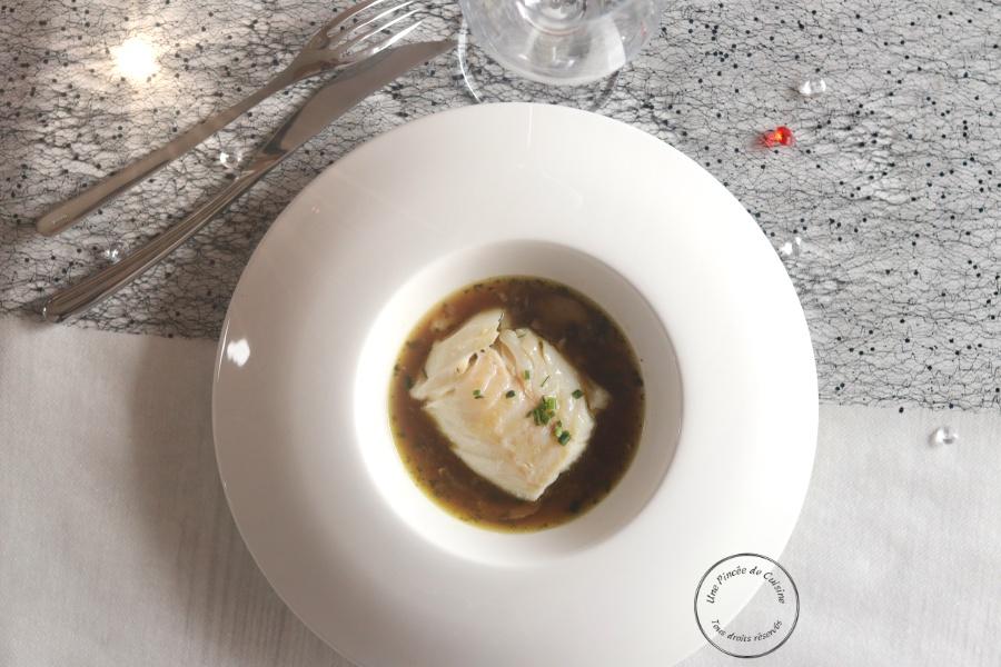 Cabillaud confit bouillon champignons